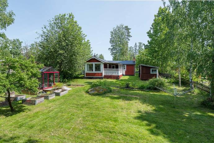Bild: 3 rum villa på Sågmon Ringvägen 33, Katrineholms kommun Sågmon