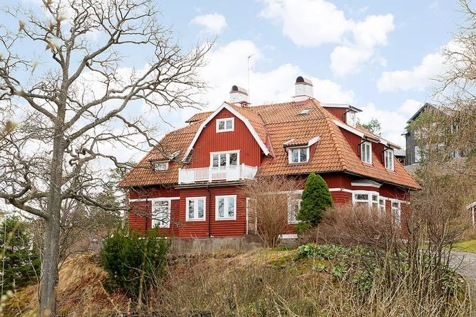 Bild: 7 rum villa på Ringparksvägen 20, Nacka kommun Saltsjöbaden