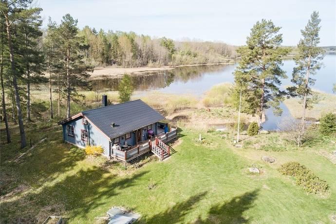 Bild: 3 rum fritidshus på Öster Bännbäck 151, Sala kommun Möklinta