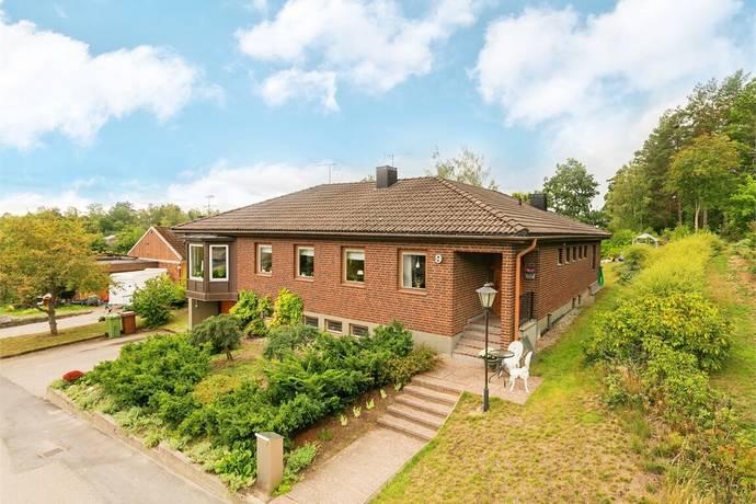 Bild: 6 rum villa på Bäckhagavägen 9, Eskilstuna kommun Slagsta/Måsta