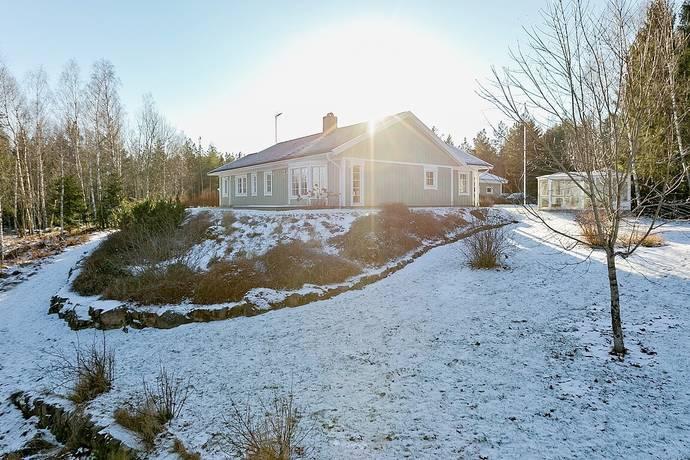 Bild: 4 rum villa på Spakbacken 224, Knivsta kommun Knivsta - Östuna