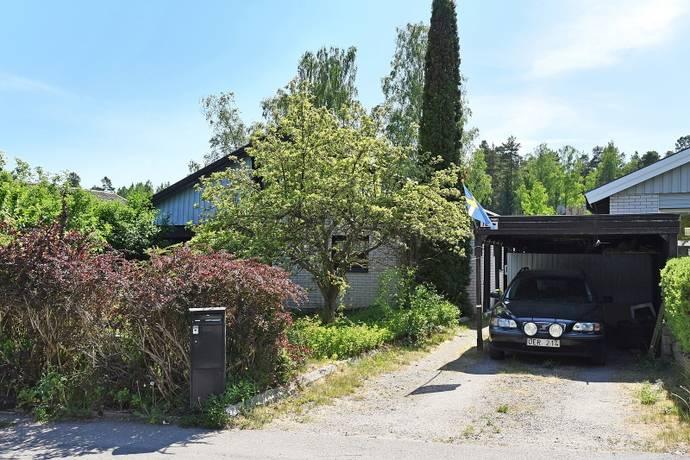 Bild: 7 rum villa på Åkerbärsvägen 10, Värmdö kommun Värmdö - Hemmesta