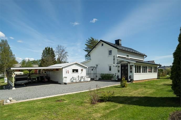 Bild: 6 rum villa på Ahnlundsvägen 15, Örnsköldsviks kommun SVEDJEHOLMEN