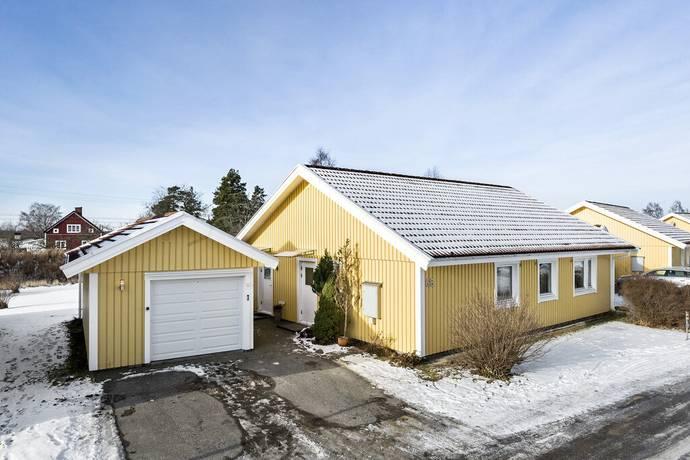 Bild: 4 rum bostadsrätt på Blommagårdsvägen 68, Alvesta kommun Alvesta