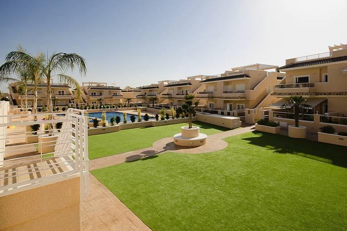 Bild: 3 rum radhus på Inomhus Pool / Trädgård / Takterrass, Spanien Prisvärt Radhus med SPA