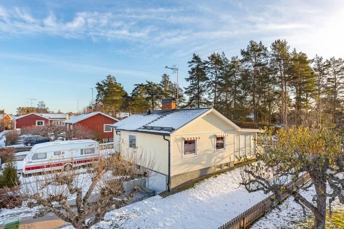 Bild: 4 rum villa på Berglundsgatan 11, Eskilstuna kommun Torshälla