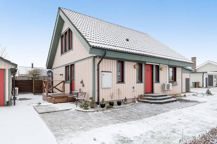 Bild: 4 rum villa på Rapsvägen 9, Vänersborgs kommun Brålanda