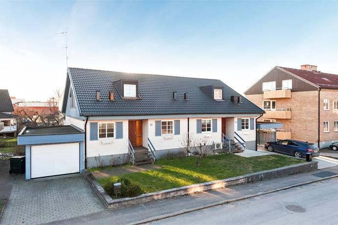 Bild: 5 rum villa på Lasarettsgatan 4B, Ljungby kommun Ljungby