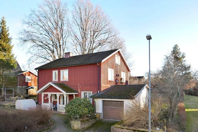 Bild: 6 rum villa på Sävgatan 2, Åmåls kommun ÅMÅL