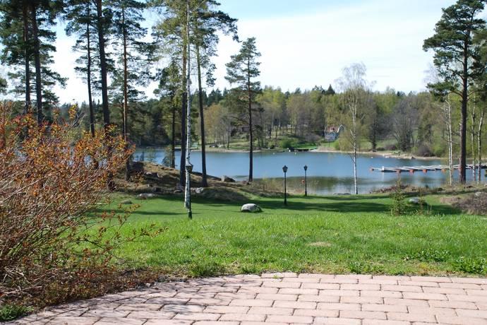 Bild: 5 rum fritidshus på Robert Ringströms Väg 6, Österåkers kommun Ljusterö - Väsbystrand