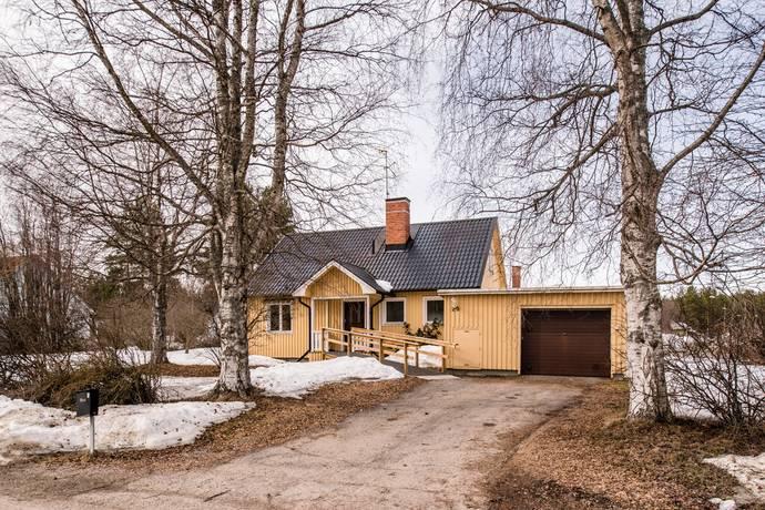 Bild: 4 rum villa på Strömbackavägen 29, Hudiksvalls kommun