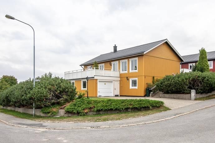 Bild: 6 rum villa på Rågvägen 1, Örnsköldsviks kommun Hallbacken