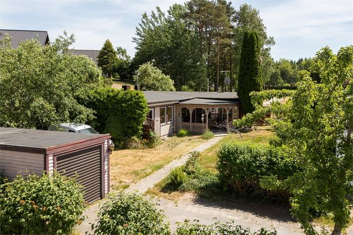 Bild: 5 rum villa på Smultronvägen 1, Olofströms kommun Olofström
