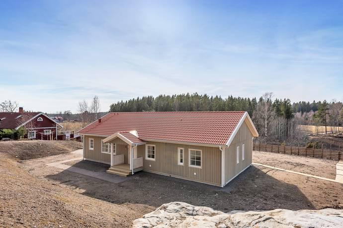 Bild: 5 rum villa på Tomta-Ekevägen 14, Norrtälje kommun