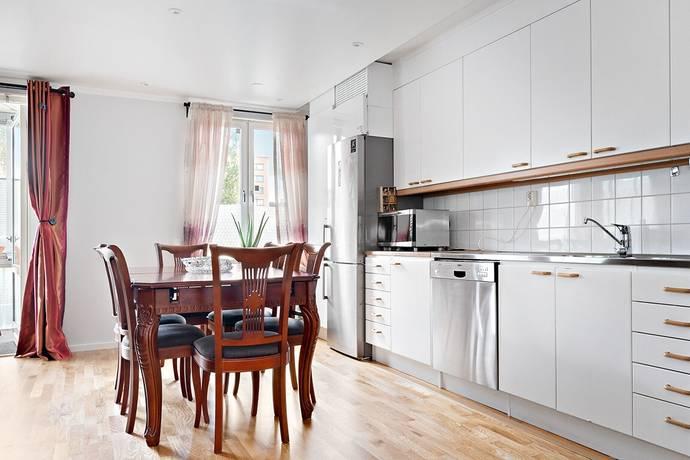Bild: 3 rum bostadsrätt på Kungssätravägen 23 A, Stockholms kommun Sätra