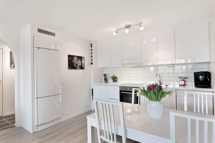 Bild: 2 rum bostadsrätt på Släggkastargatan 7, Västerås kommun Rönnby