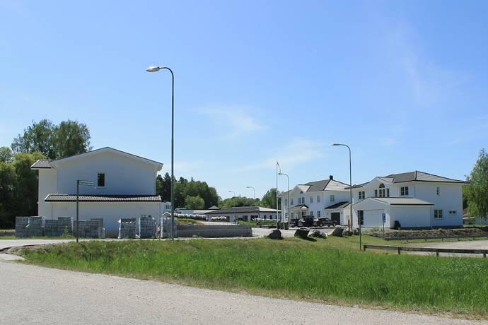 Bild: tomt på Tegelslagarvägen 10, Botkyrka kommun Slagsta - Norsborg