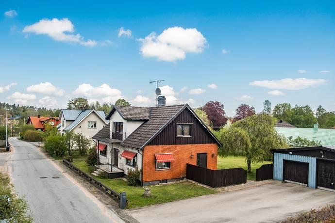 Bild: 6 rum villa på Lehultsvägen 5, Hässleholms kommun Vittsjö