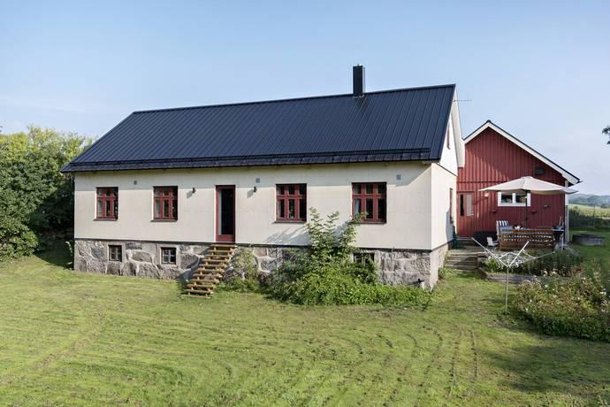 Bild: 7 rum villa på Östra klasarödsvägen 241, Sjöbo kommun LÖVESTAD