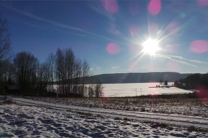 Bild: tomt på Sjönära tomt i Ånnebol, Eda kommun