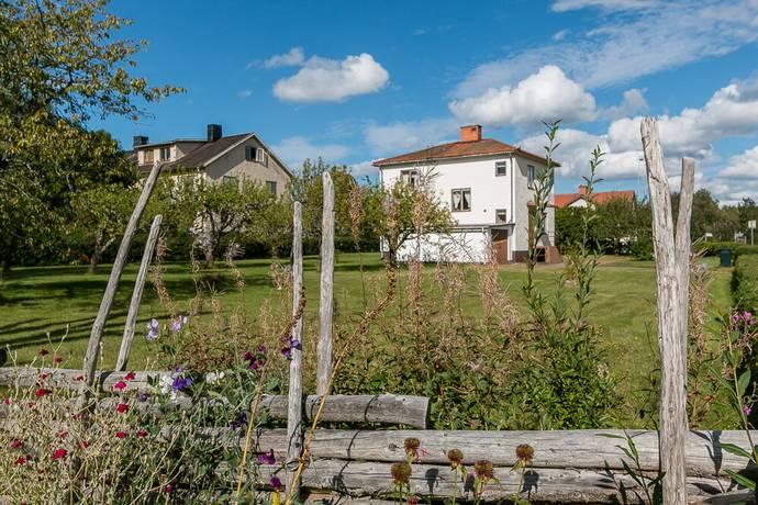 Bild: 4 rum villa på Oskarshamnsvägen 32, Vimmerby kommun Tuna
