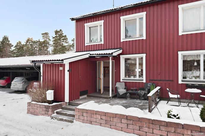 Bild: 5 rum radhus på Älggårdsvägen 24a, Värmdö kommun Mörtnäs
