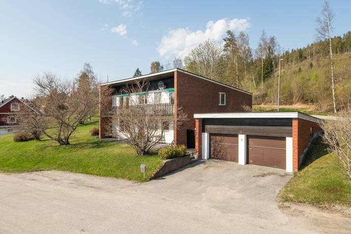 Bild: 6 rum villa på Lövsångarvägen 9, Örnsköldsviks kommun Gimåt