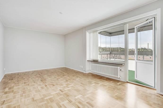 Bild: 4 rum bostadsrätt på Engelbrektsvägen 16B, Järfälla kommun Jakobsberg