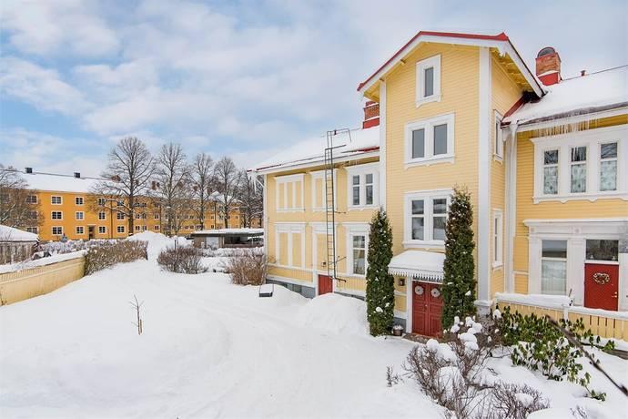 Bild: 5 rum radhus på Karlavägen 4, Gävle kommun Vallbacken