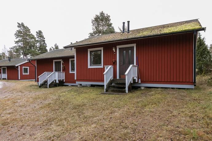 Bild: 6 rum radhus på Hasselvägen 59/60, Oskarshamns kommun Figeholm