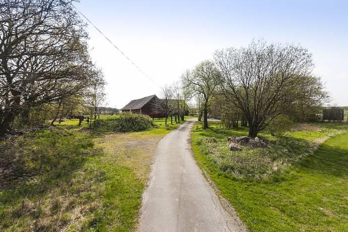 Bild: 6 rum gård/skog på Kropps Kyrkväg 79, Helsingborgs kommun Kropp