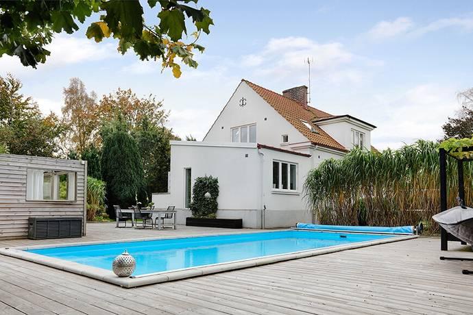 Bild: 6 rum villa på Tätörtsvägen 10, Trelleborgs kommun Beddingestrand