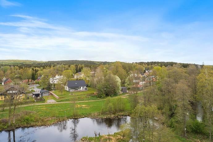 Bild: 5 rum villa på Kvarnvägen 3, Ulricehamns kommun Nitta