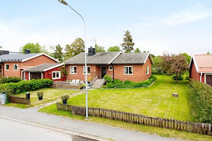 Bild: 3 rum villa på Vinbergsvägen 3, Umeå kommun Holmsund