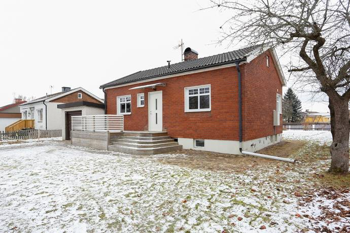 Bild: 3 rum villa på Sörbyvägen 25, Kumla kommun Kumla