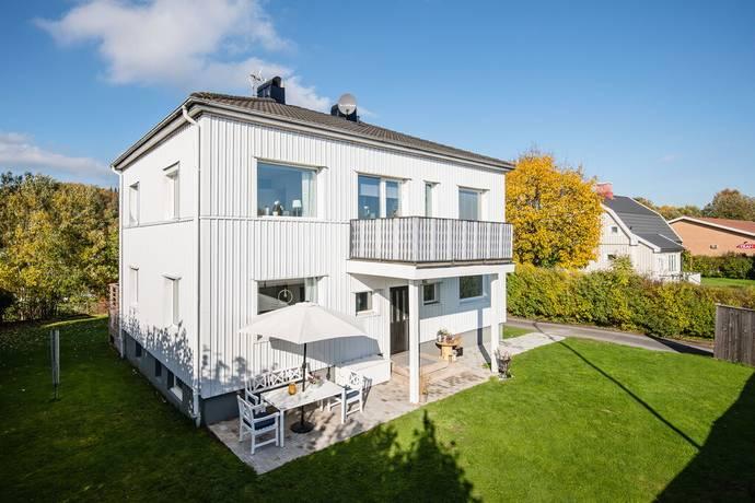 Bild: 7 rum villa på Boråsvägen 9, Marks kommun Kinna