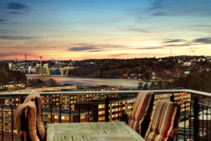Bild: 4 rum bostadsrätt på Fidravägen 35, Nacka kommun Saltsjöbaden