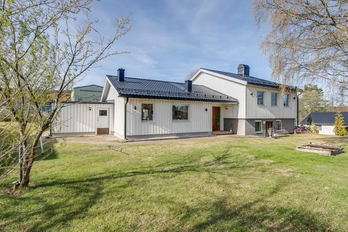 Bild: 5 rum villa på Älgvägen 28, Örnsköldsviks kommun Gullänget