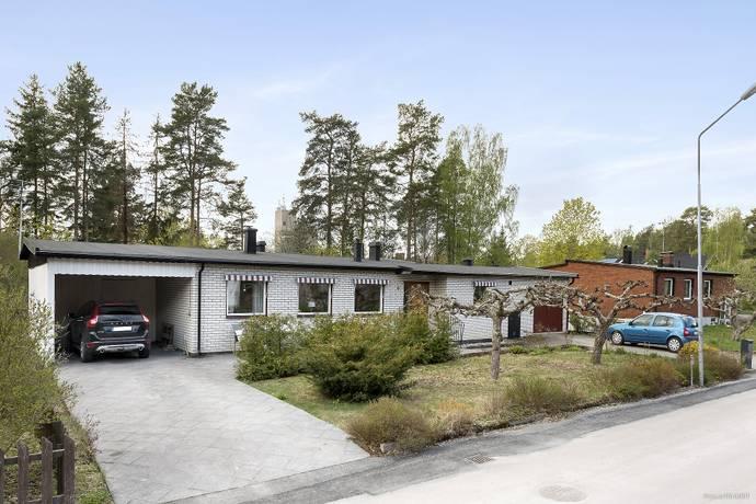 Bild: 5 rum villa på Skogsvägen 9, Enköpings kommun Fjärdhundra