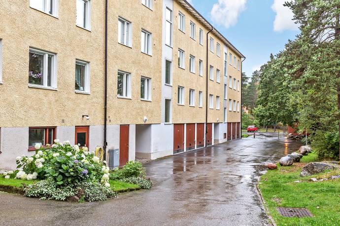 Bild: 2 rum bostadsrätt på Månstorpsvägen 12, Botkyrka kommun