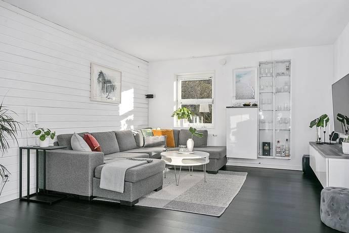 Bild: 2 rum bostadsrätt på Ullas Lyckas Väg 186, Mölndals kommun Kållered | Stretered