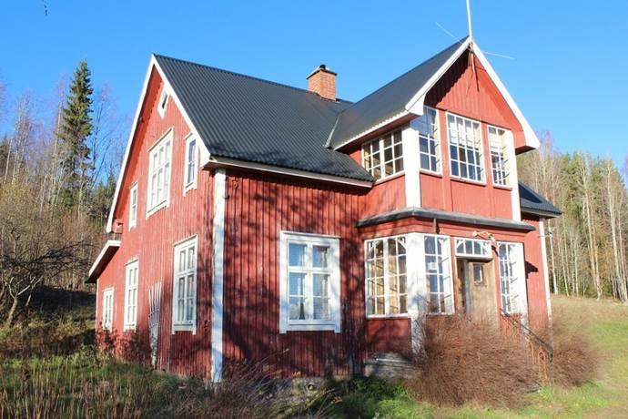 Bild: 4 rum gård/skog på Sönnerudsheden 22, Torsby kommun Bada