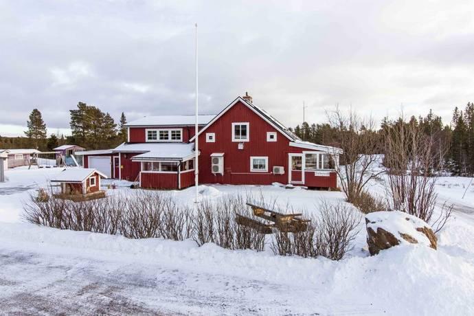 Bild: 8 rum gård/skog på Storsjö 499, Bergs kommun Storsjö Kapell