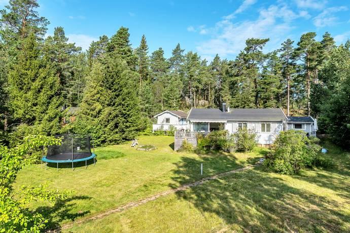 Bild: 3 rum villa på Lögla Västerfjärdsväg 5, Norrtälje kommun Lögla