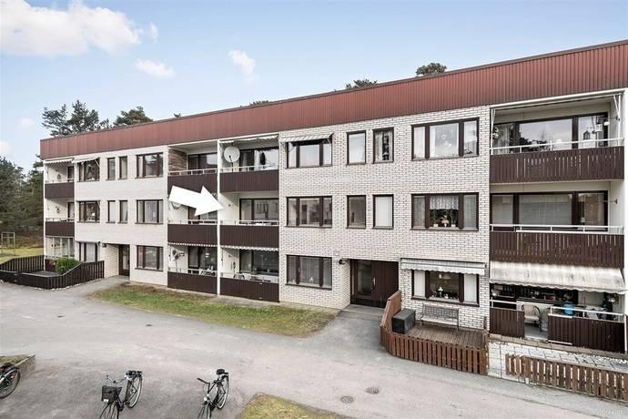 Bild: 3 rum bostadsrätt på Skyttegatan 24B, Västerviks kommun Karstorp