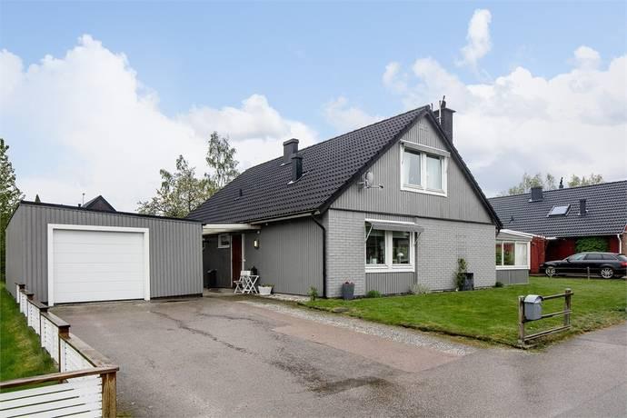 Bild: 5 rum villa på Hedvägen 5, Växjö kommun Sandsbro
