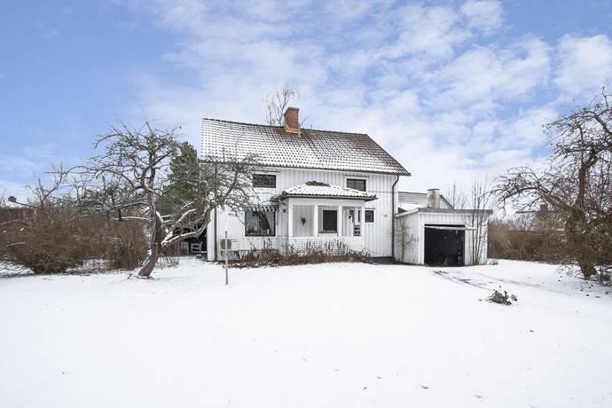 Bild: 4 rum villa på Aggerudsvägen 33, Karlskoga kommun Nedre Aggerud