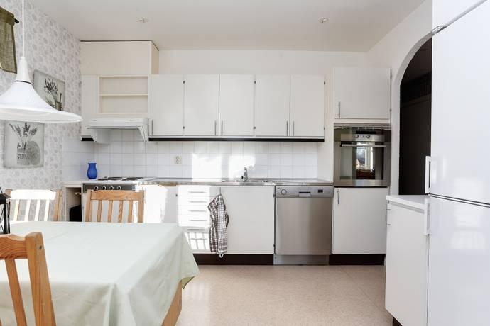 Bild: 2 rum bostadsrätt på Mejramvägen 107, Örebro kommun Sörbyängen