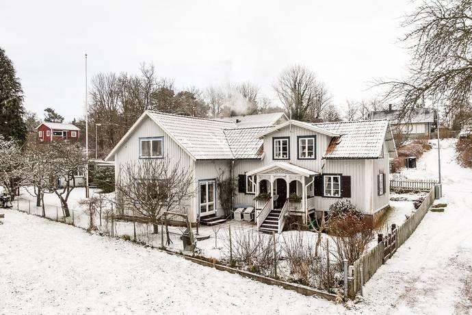 Bild: 6 rum villa på Varvsvägen 14, Ronneby kommun Saxemara