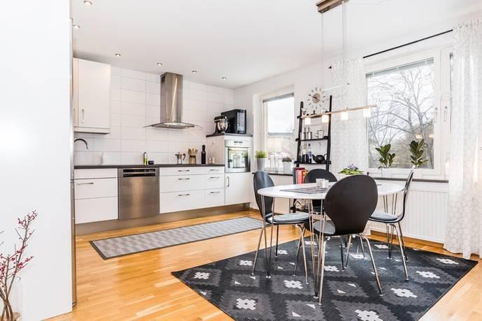 Bild: 3 rum bostadsrätt på Östra Kvarngatan 10, Nyköpings kommun Öster
